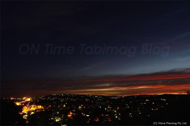 クライストチャーチ地震の2日前にシドニーで見られた帯状の雲