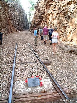 タイの泰緬鉄道建設で最も過酷だったと言われるヘル・ファイヤー・パス。ここで、多くのオーストラリア兵が亡くなり、先日もアンザック・デーの式典が行われた。